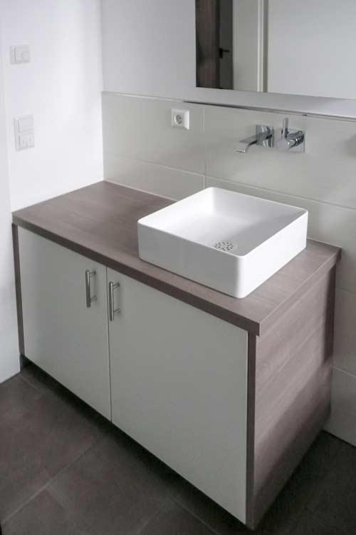badezimmerm bel schreinerei m bel innenausbau in buchen schreinerei h fner. Black Bedroom Furniture Sets. Home Design Ideas